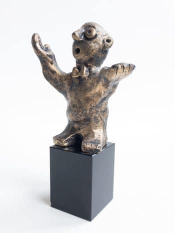 DEN ALLSIDIGE – bronsepatinert
