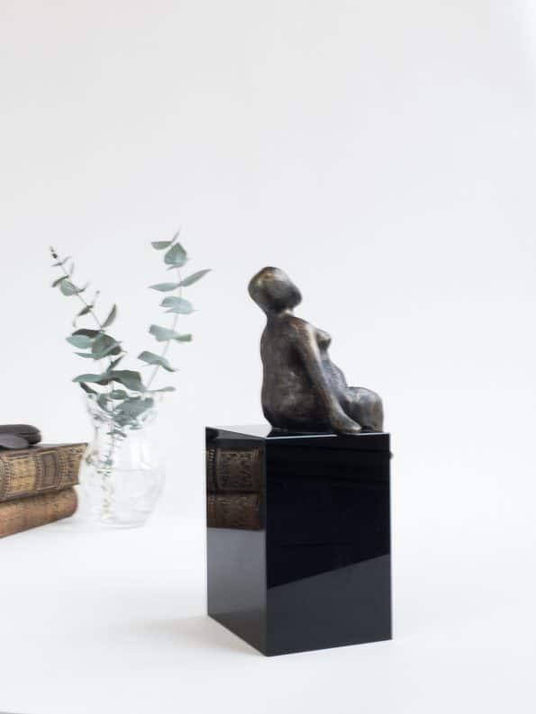 Å HOLDE HJULET KJØRENDE – bronse patinert