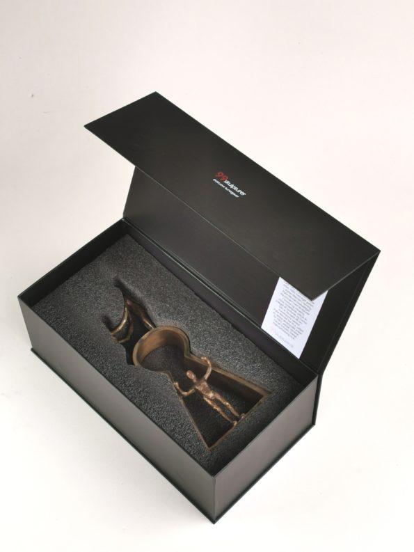 SKAPT FOR HVERANDRE - ekte bronse