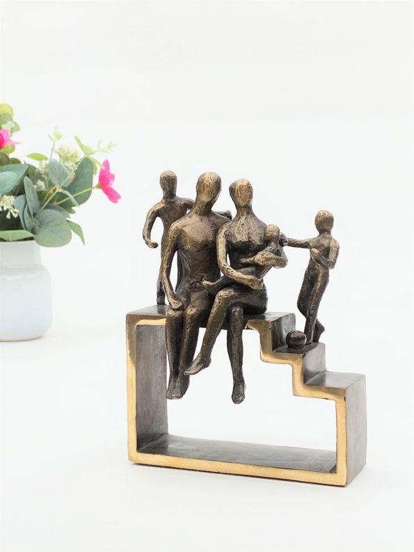 Min familie med 3 barn – ekte bronse